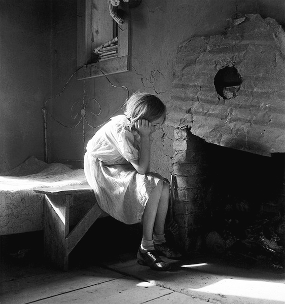 War Relocation Authority Dorothea Lange / Biogr...